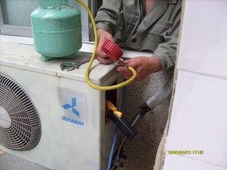 空调加氟的集体步骤