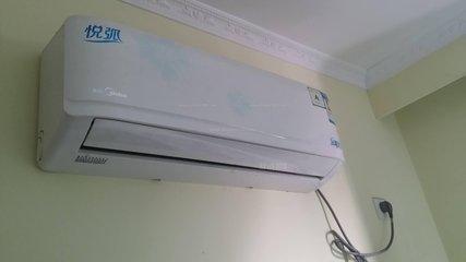 美的空调开不了机,遥控器接收器坏了根本无法使用
